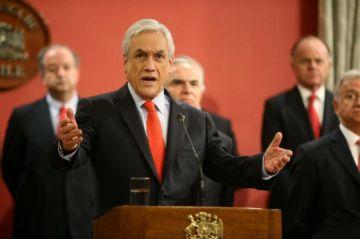 Piñera releva a seis ministros entre ellos al canciller Ampuero