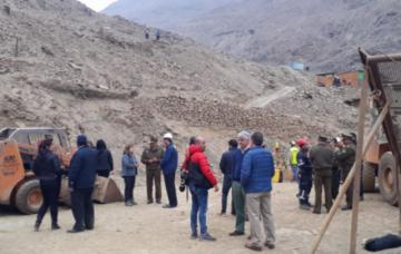 Comisión viaja a Chile para coordinar rescate de mineros atrapados