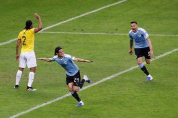 Uruguay apabulla a Ecuador con un 3-0 en la primera parte