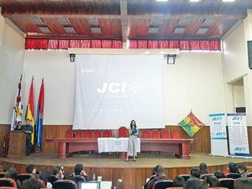 La JCI culmina  programa de  liderazgo juvenil