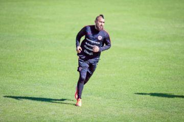 Arturo Vidal cree que Chile será un duro rival