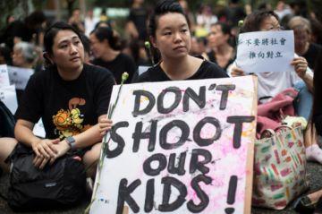Hong Kong: Ciudadanos frenan ley de extradición