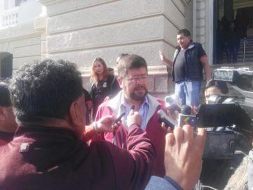 Doria Medina pide renuncia del gobernador Urquizu