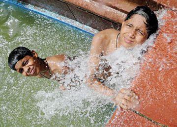 Al menos 49 muertos por ola de calor extrema