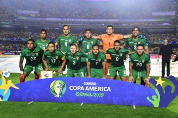 Villegas decide repetir el onceno para enfrentar a Perú