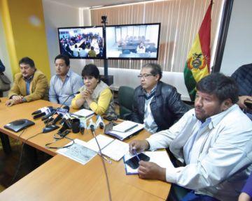 Aduana advierte atasco en la frontera con Chile