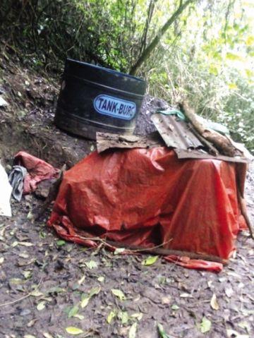 La Paz: Encuentran fosas de maceración de droga