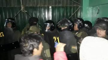 """Tras allanamiento """"irregular"""", Policía  dice que encontró dinamita en Adepcoca"""
