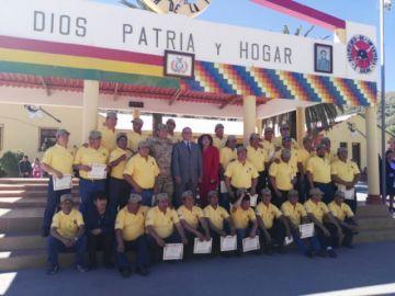 """Soldados que crearon el grito de guerra del RI-2 """"Sucre"""" fueron homenajeados"""
