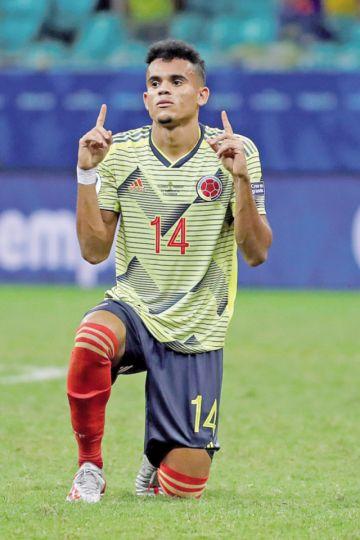 Una Colombia perfecta deja en agonía a Paraguay