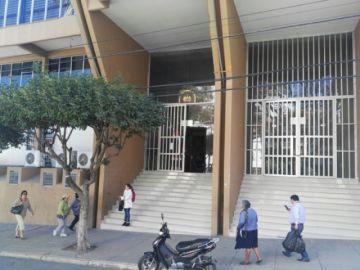 Vania Lanchipa, hija del Fiscal General, renuncia al TCP