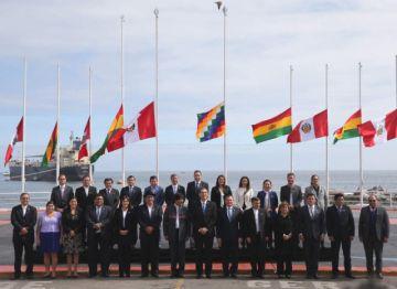 Perú y Bolivia acuerdan promover megapuerto en Ilo y uso compartido del gas