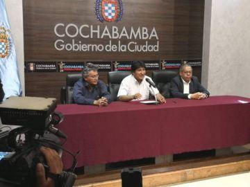 """Evo inicia su gira de reuniones con alcaldes y Revilla ve """"difícil"""" trabajar adecuadamente"""