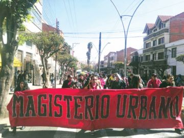 """Magisterio urbano denuncia """"explotación"""""""