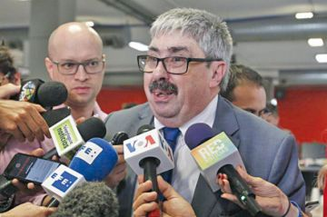 Uruguay decide retirarse de Asamblea de la OEA