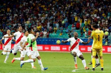 Perú gana en los penales y se cita con Chile