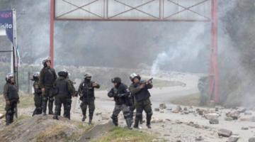 Policía despeja la ruta a Los Yungas e identifica a bloqueadores