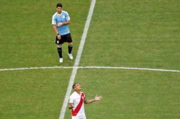 Guerrero le gana  el duelo a Suárez  y sigue en carrera