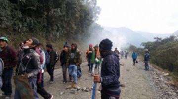 Cocaleros retoman bloqueo en Los Yungas y exigen diálogo con Evo