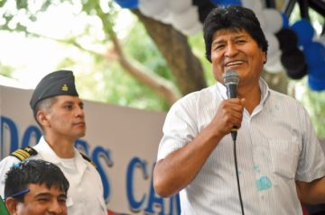 Morales pide a Chile reiniciar el diálogo