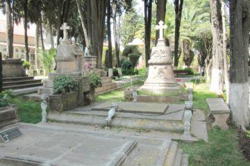 Coinciden en impulsar ley para el turismo funerario