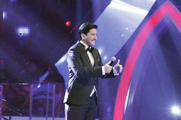 "Cantante Leo Rosas queda segundo en ""La Voz"" pero conquista México"