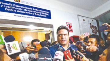 Alcalde denuncia a dos  tribunos en el Legislativo