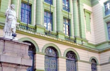 Diputado pide sanciones  por no usar biométrico