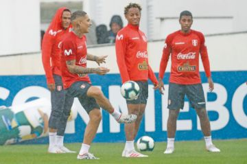 Perú garantiza todo su arsenal para la final