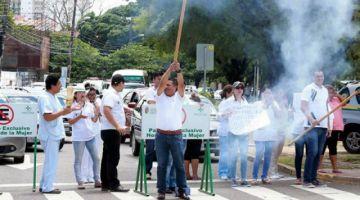 Médicos de Santa Cruz  exigen la renuncia de  Ministra y confirman paro