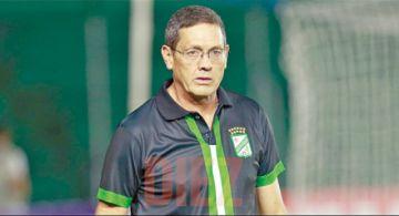 Mauricio Soria no va más como DT de Oriente