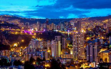 Morales anuncia 480 obras por la efeméride de La Paz