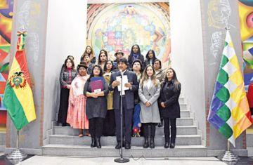 Dictan un plan de emergencia contra la violencia a la mujer