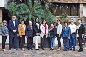 Mesa presenta candidatas  a primeras senadoras de CC