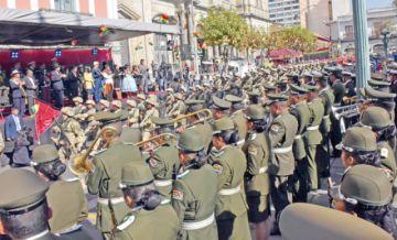 La Paz celebra su gesta libertaria sin Evo