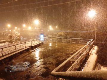 Nieve sorprende en El Alto y La Paz