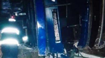 Accidente de bus deja cuatro muertos en la carretera Cochabamba-Oruro