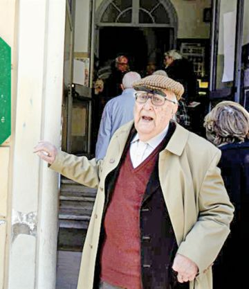 Muere el autor de la serie Comisario Montalbano