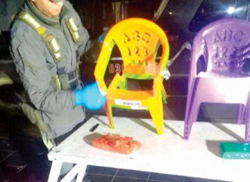 Aprehenden a dos bolivianos con cocaína
