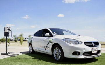 """Vehículos eléctricos en Paraguay surcarán una """"ruta verde solar"""""""