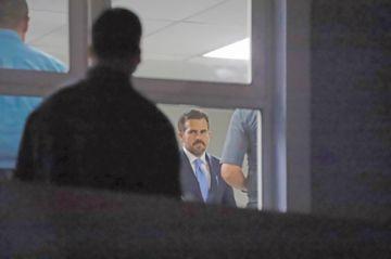 Gobernador de Puerto Rico admite un juicio político