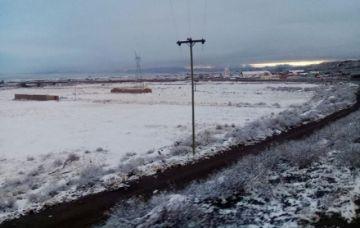 Nevada provoca cierre de carreteras que vinculan a La Paz, Oruro y Cochabamba