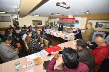 Conade y cívicos se reúnen para definir fecha de paro nacional