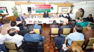 Conade llama a paro nacional  y huelga indefinida contra Evo