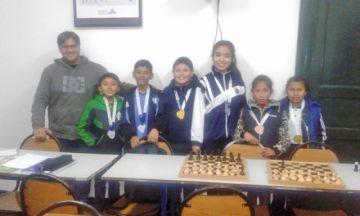 Club Alianza gana medallas
