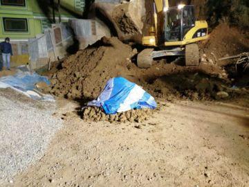 Rescatan cuerpo de segundo obrero fallecido en deslizamiento