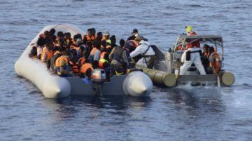 Desaparecen 116 migrantes al naufragar en el Mediterráneo