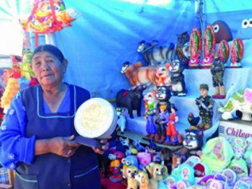 Santa Ana acoge sueños  y tradición de la Alasita