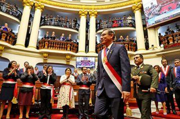 Perú: Presidente plantea adelantar las elecciones