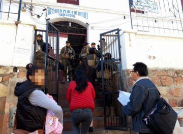 Defensoría informa la destitución de la directora de régimen penitenciario